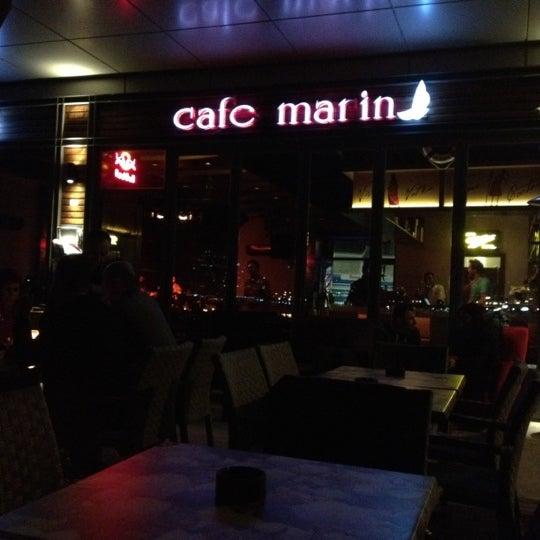 12/1/2012 tarihinde Mesutziyaretçi tarafından Cafe Marin'de çekilen fotoğraf