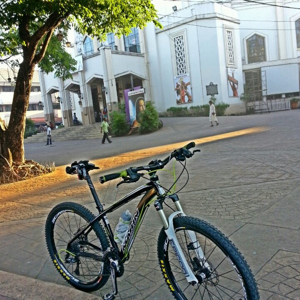 Photo taken at National Shrine of Our Lady of Peace and Good Voyage (Antipolo Cathedral) by Ron D. on 3/1/2013