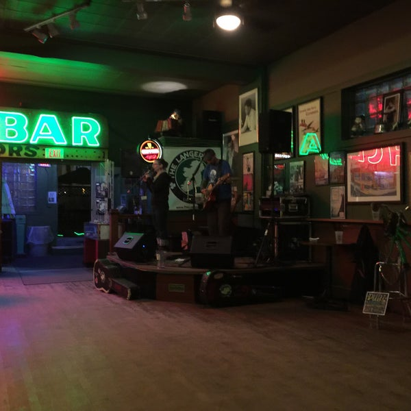Photo taken at Dubliner Pub by Emily S. on 10/8/2015