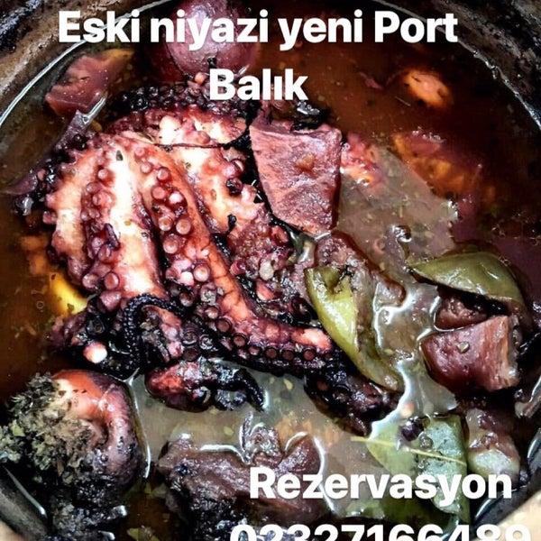 Photo prise au Balıkçı Niyazi par Aysegul Y. le4/28/2018