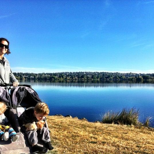 Photo taken at Green Lake Boathouse by Erik B. on 10/1/2012