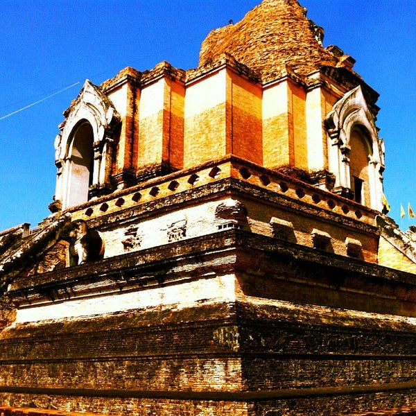 Photo taken at Wat Chedi Luang Varavihara by KanOmkrOb N. on 11/8/2012