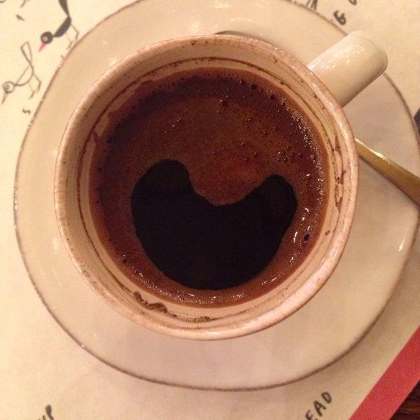 кофе по-сухумски для любителей варенного кофе)) по умолчанию идет с сахаром, если надо без- предупредить не забудьте.