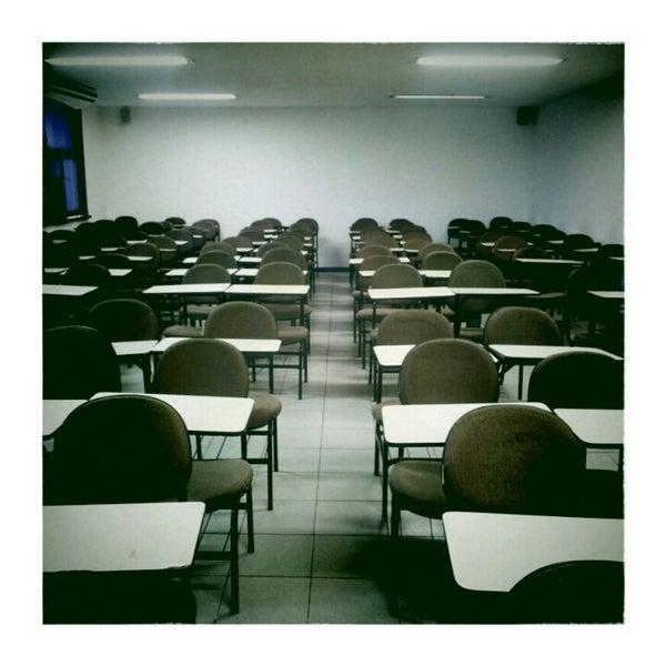Foto tirada no(a) Academia do Concurso por Drigo M. em 1/26/2013