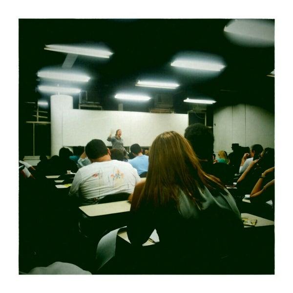 Foto tirada no(a) Academia do Concurso por Drigo M. em 1/22/2013
