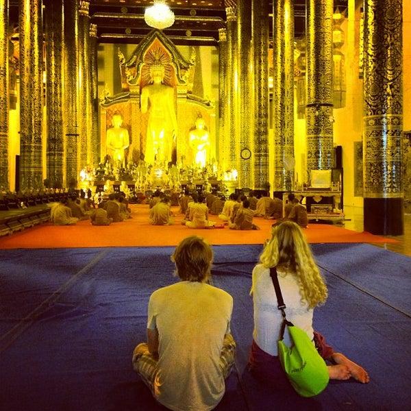 Photo taken at Wat Chedi Luang Varavihara by MrMeaW on 2/11/2013