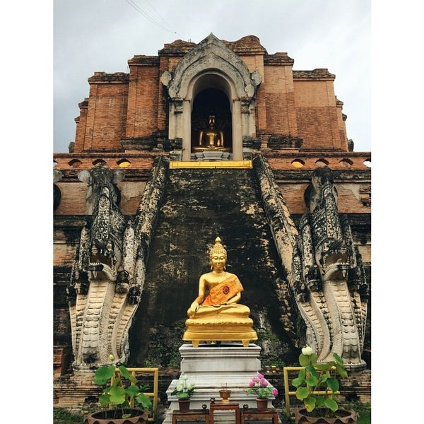 Photo taken at Wat Chedi Luang Varavihara by Alyssa M. on 8/2/2014