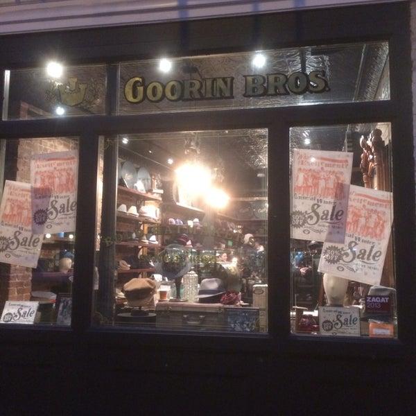 Снимок сделан в Goorin Bros. Hat Shop - West Village пользователем Jerry B. 1/10/2014