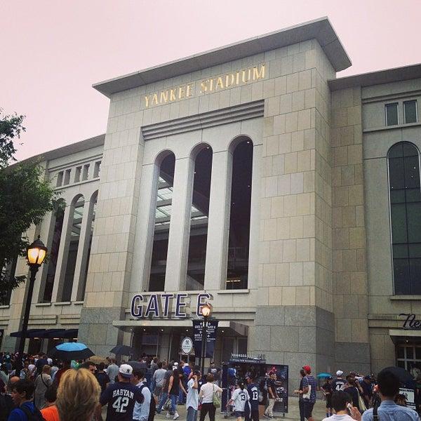 Photo taken at Yankee Stadium by miyokana0716 on 7/13/2013