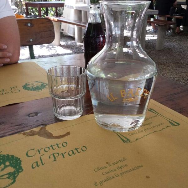 รูปภาพถ่ายที่ Crotto Al Prato โดย La Strega Pitt เมื่อ 7/18/2014