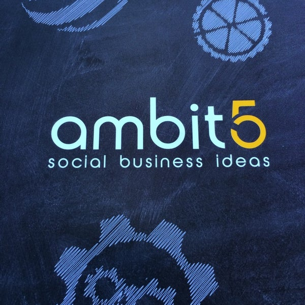 Photo taken at Ambito5 by Marcella P. on 9/22/2014