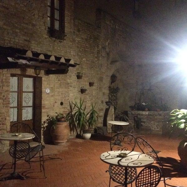 Foto scattata a Palazzo Buonaccorsi da E il 4/10/2018