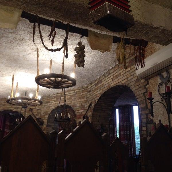 Снимок сделан в Old Erivan Restaurant Complex пользователем Natalya A. 10/9/2015