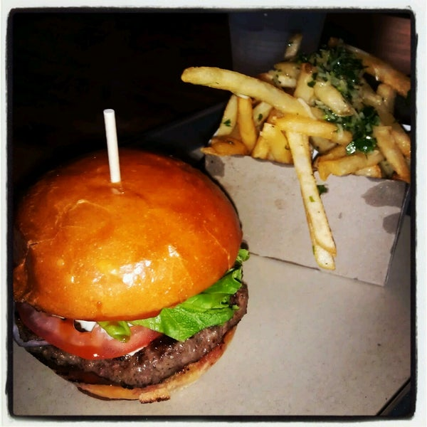Photo taken at Chop House Burger by thi2 on 3/31/2013