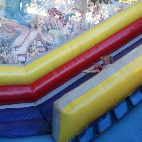 Игровые автоматы чиполлино остров сокровищ казино зубовский бульвар