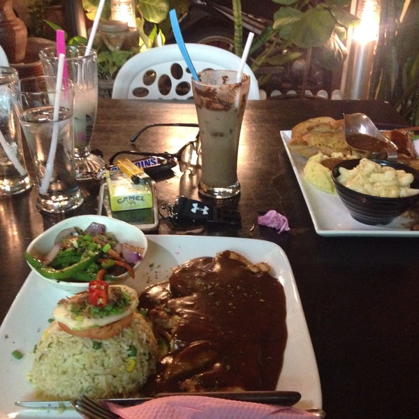 Photo taken at LeBOSS Restaurant by Diniy I. on 3/11/2017