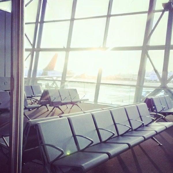 Снимок сделан в Брюссельский аэропорт (BRU) пользователем Antonio P. 11/15/2013