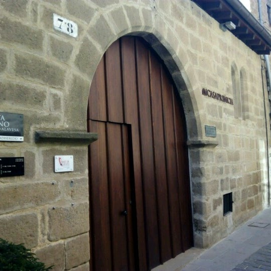 Casa primicia antigua bodega wine shop in laguardia - Bodegas casa primicia ...