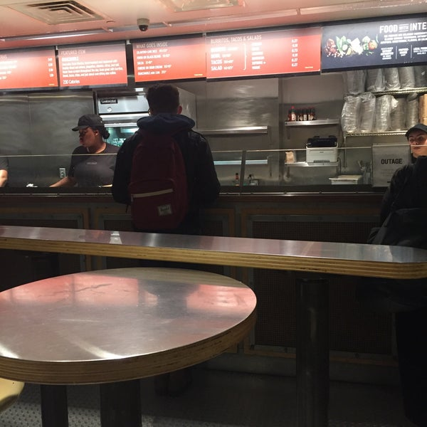 Photo taken at Chipotle Mexican Grill by Ryan C. on 3/23/2016