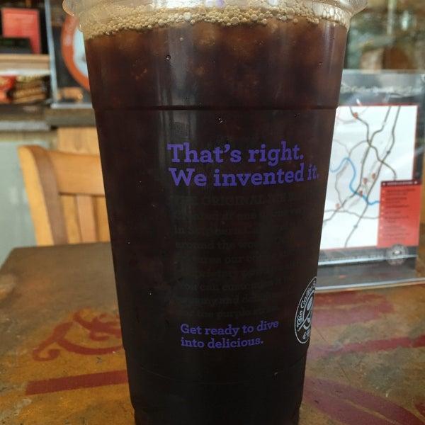 Photo taken at The Coffee Bean & Tea Leaf by Matt M. on 3/15/2016