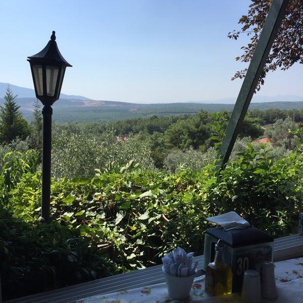 9/16/2018 tarihinde Engin A.ziyaretçi tarafından Köyüm Bahçe Restaurant'de çekilen fotoğraf