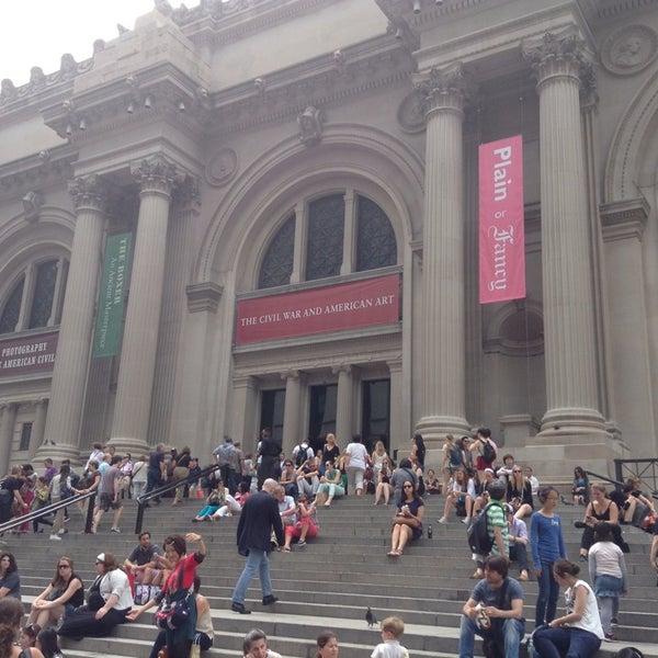 Photo taken at Metropolitan Museum of Art by Bolat M. on 6/16/2013