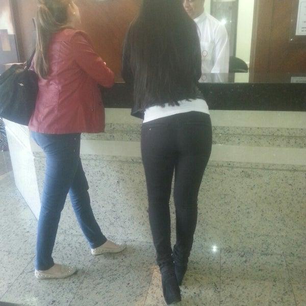 Foto tirada no(a) Lira Hotel Curitiba por Kari C. em 6/13/2014