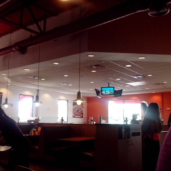 Photo taken at Peter Piper Pizza by Ana C. on 2/15/2014