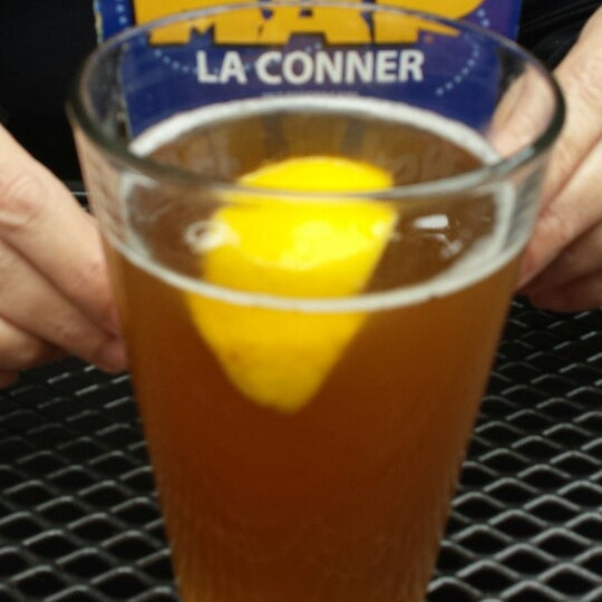 Photo taken at La Conner Brewing Company by Th_Aviator on 3/26/2015