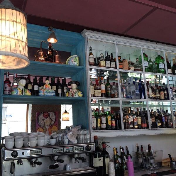 Foto tomada en a.n.E.l. Tapas & Lounge Bar por Porfitikas el 4/7/2016