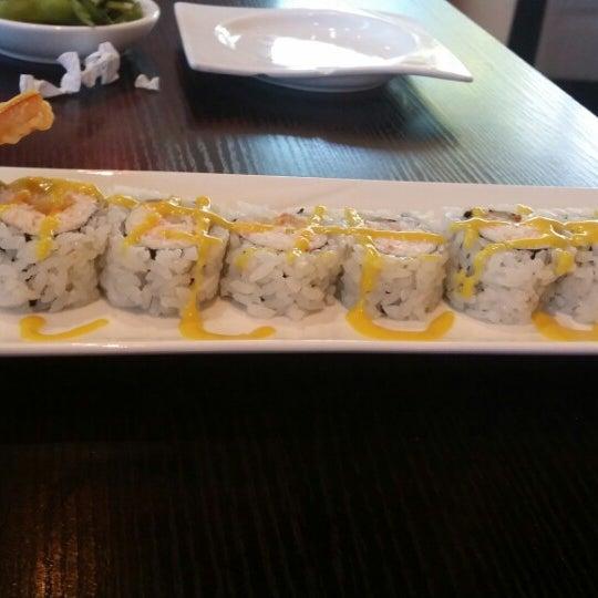 Photo prise au Sushi Delight par Channelle M.I A B. le6/26/2014