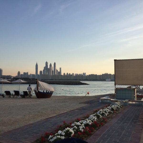 1/8/2015 tarihinde Dr.Fatih E.ziyaretçi tarafından Rixos The Palm Dubai'de çekilen fotoğraf