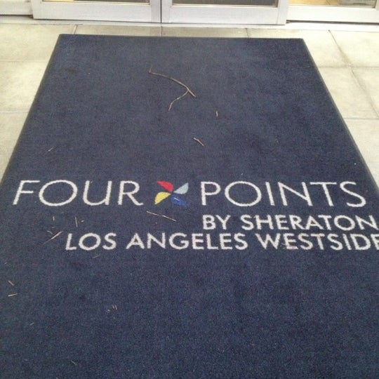 four points by sheraton los angeles westside fox hills. Black Bedroom Furniture Sets. Home Design Ideas