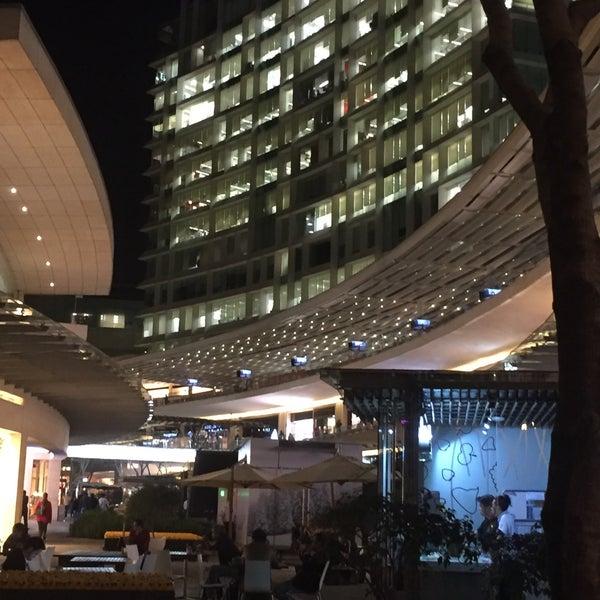Foto tomada en Antara Fashion Hall por Victor R. el 2/23/2016