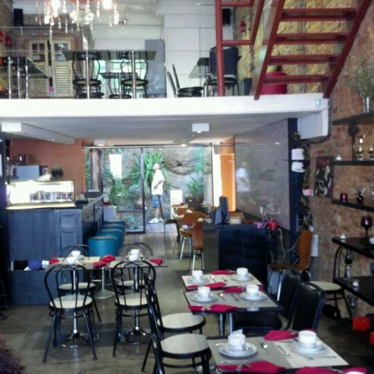Photo taken at Gracioso Café Bistrô by Felipe V. on 12/2/2012