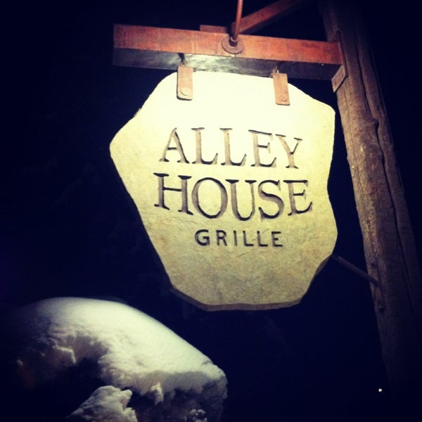 Photo taken at Alley House Grille by Melissa R. on 12/22/2012