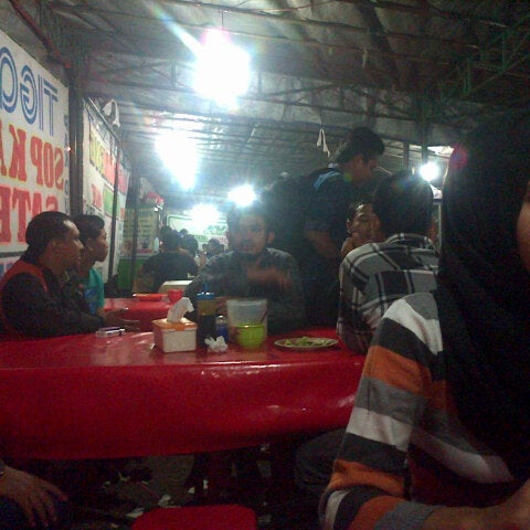Photo taken at Pusat Kuliner Jajan Makan TMP Kalibata by annissa mahar n. on 3/22/2014