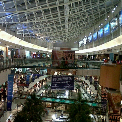 Photo taken at Pondok Indah Mall 2 by Dedi S. on 11/3/2012