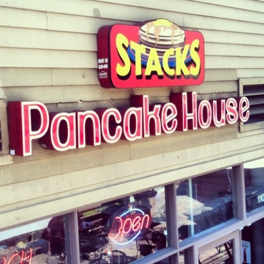 Photo taken at Stacks Pancake House by Michael on 9/15/2012