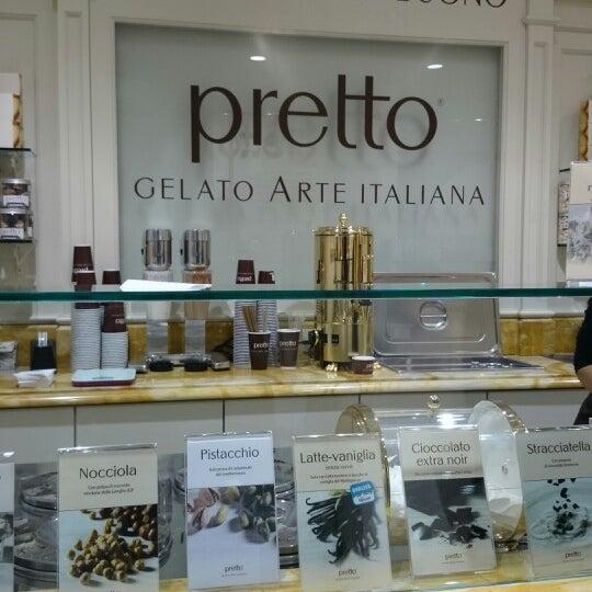 Foto scattata a Pretto Gelato Arte Italiana da Primerose S. il 3/14/2014