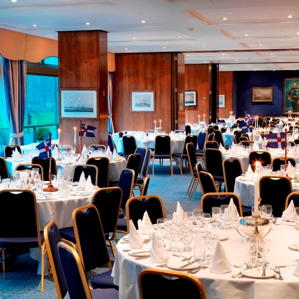 The Coffee Room At The Royal Thames Yacht Club
