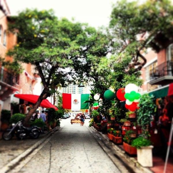 Foto tomada en OH! Mexico por El Paseo Hotel el 9/17/2013