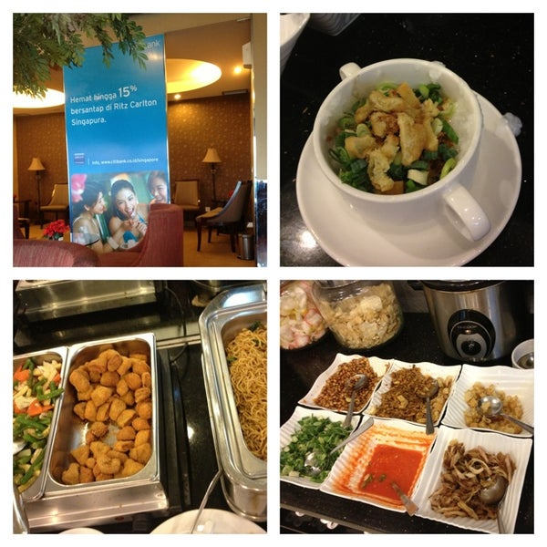 Photo taken at Citibank Lounge by Pawinee S. on 9/8/2013