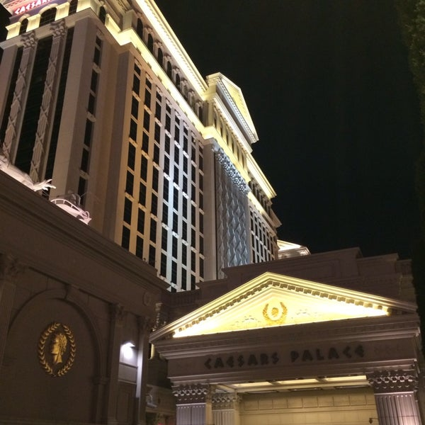 Photo taken at Caesars Palace Hotel & Casino by Thorsten D. on 9/24/2013