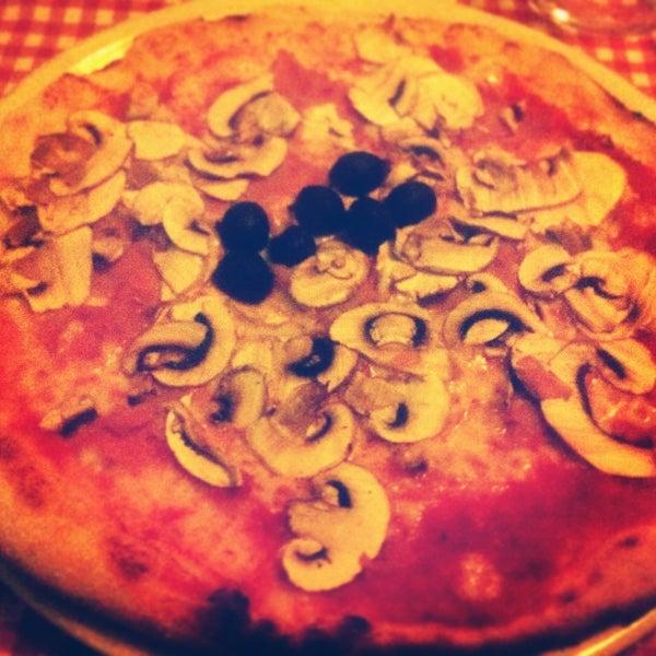 Foto tomada en Restaurante Italiano Emma y Julia por Miguel M. el 8/11/2013