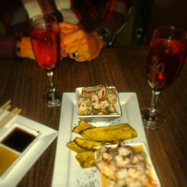 Foto tomada en Sushi & Cebiches por Freddy Alberto el 7/1/2014