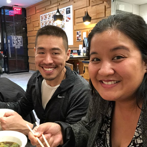 Foto tirada no(a) Xi'an Famous Foods por Melissa D. em 1/28/2018