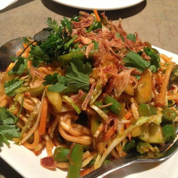 Sapphire asian cuisine lounge financial district 29 for Asian cuisine cooking techniques