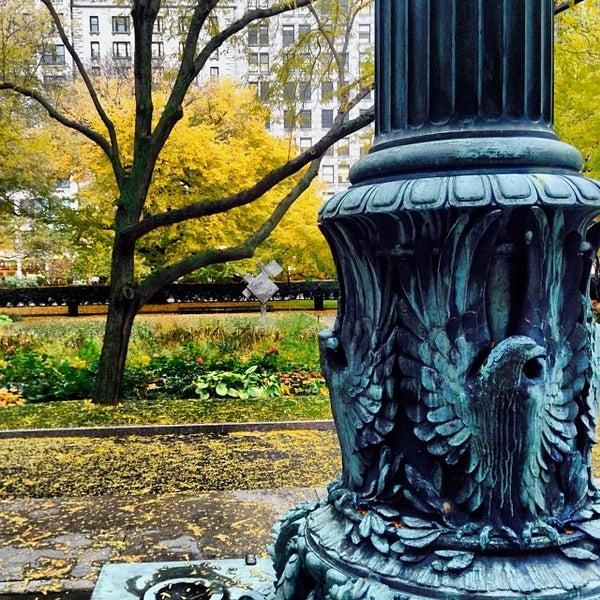 Photo taken at Sculpture Garden - Art Institute of Chicago by Arno M. on 11/8/2013