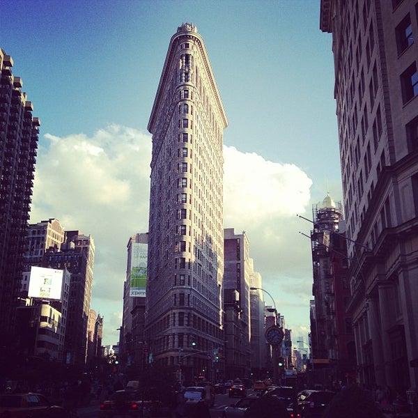 Foto diambil di Madison Square Park oleh Dominic P. pada 6/8/2013